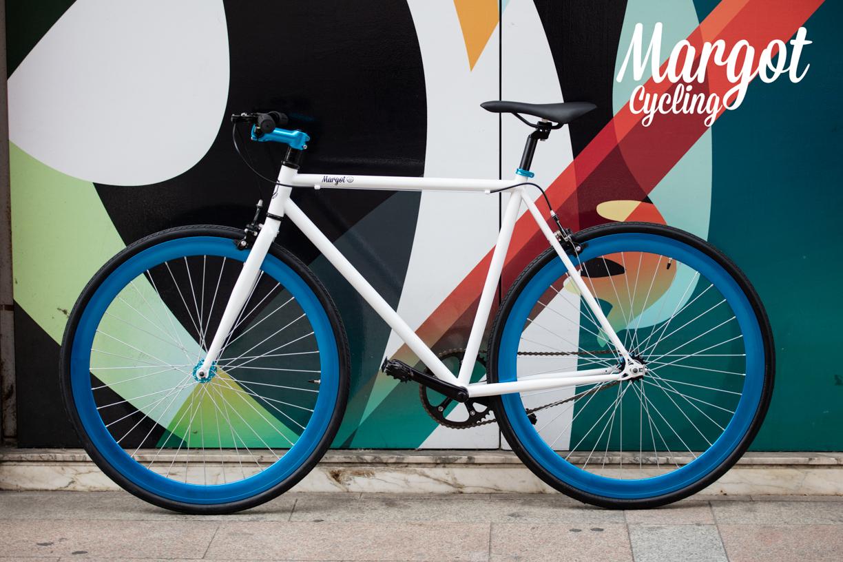 Aqua, the Flexible Fixie